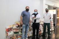 Câmara arrecada uma tonelada de alimentos para Rede Solidária de Combate à Fome