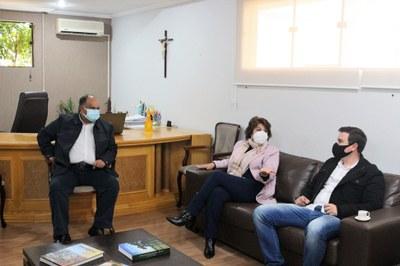 Deputada Cristina Silvestri visita a Câmara
