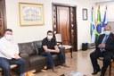 Ex-Prefeito César Silvestri Filho visita a Câmara