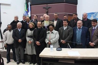 Pe. Acácio convida para os 50 anos da diocese